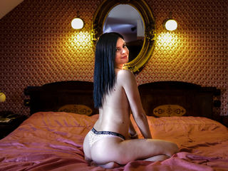 Webcam model AkelaJohns from Web Night Cam