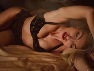 Webcam model EstterKaly from Jasmin