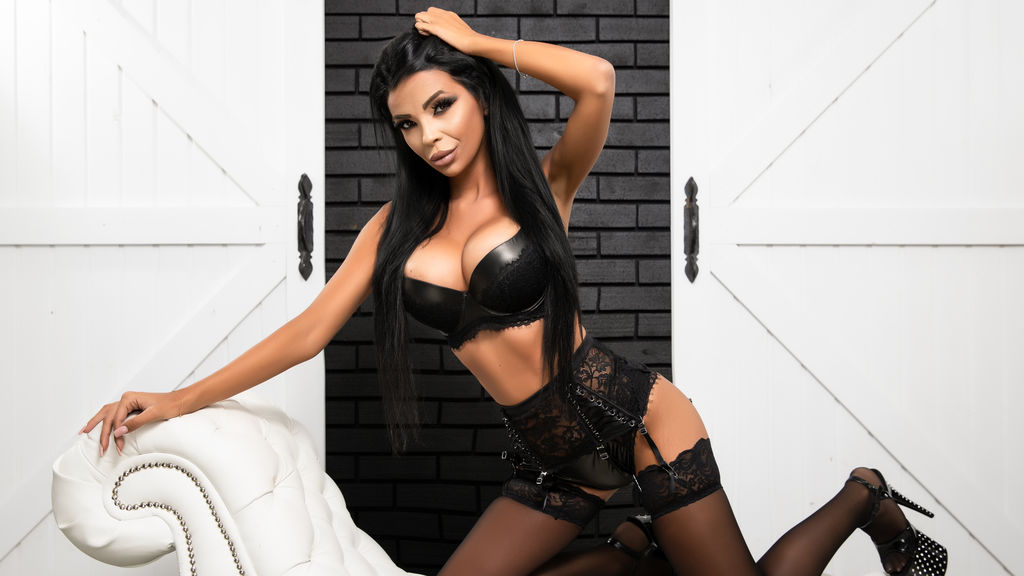 Watch the sexy MistressElenia from LiveJasmin at GirlsOfJasmin