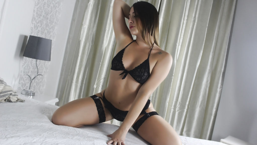 Watch the sexy KoraCrawford from LiveJasmin at GirlsOfJasmin