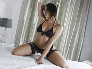 Latina Teen Webcam Model modelName