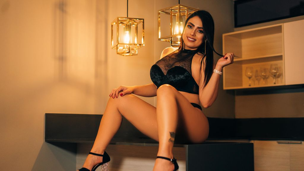 Watch the sexy KarlaHudsonn from LiveJasmin at GirlsOfJasmin