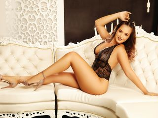 Sexy profile pic of Cassyana