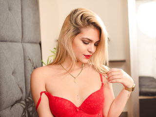 LaraHills Adults Only!-i´m  a sensual girl