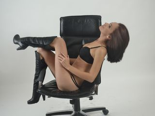 Webcam model rubyrozze from Web Night Cam