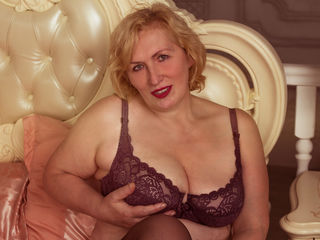BigBushCunt Masturbate live-Hello guys, come and